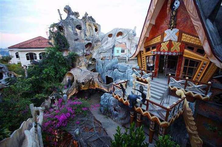 crazi-house
