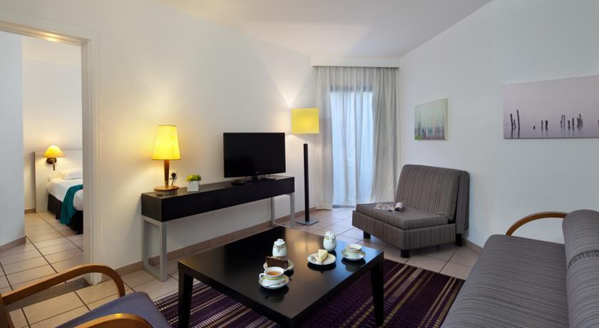 Isrotel Riviera Club-room