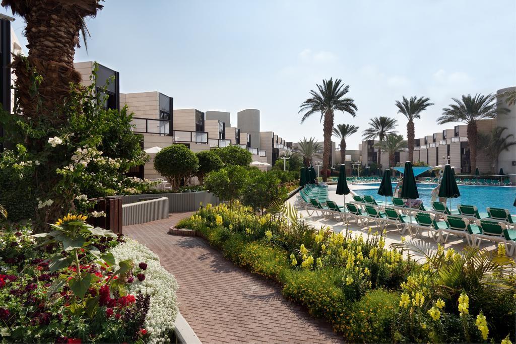 Isrotel Riviera Club2