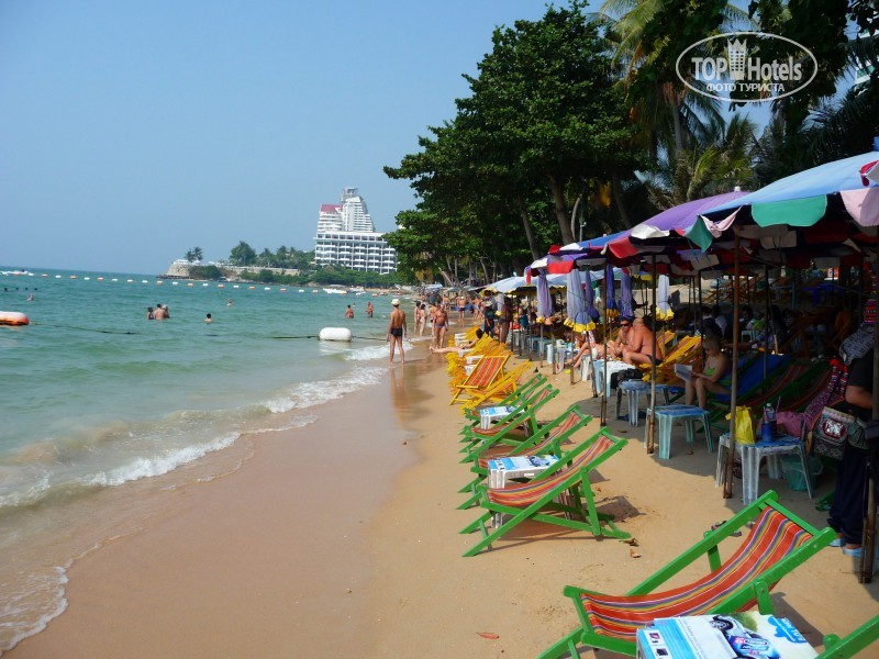 Crown Pattaya Beach